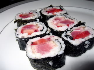 Meat Free Fridays: Tuna and Strawberry Sushi Rolls