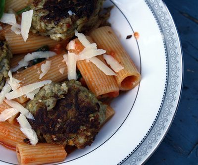 Meat-Free Fridays: Rigatoni with Cream Sauce and Eggplant Balls