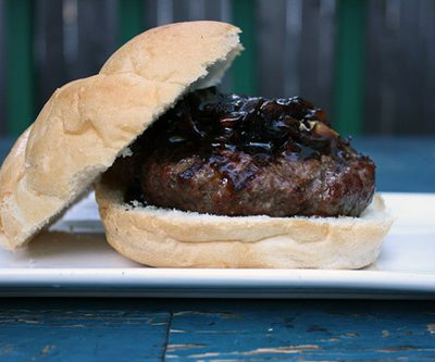 4th of July Treats: Roquefurt Burger with Onion Jam, Mexican-Style Corn on the Cob