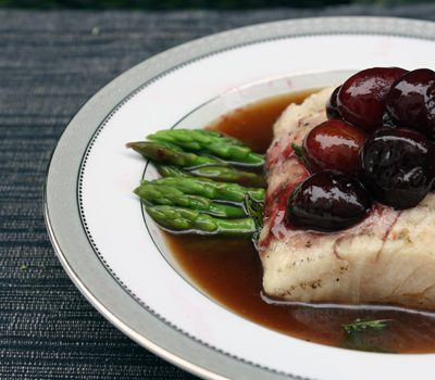 Meat-Free Friday: Mahi Mahi with Sauteed Cherries in an Oolong Broth