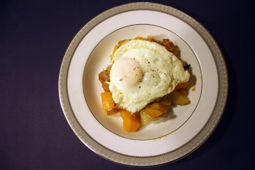 squash hash with egg.jpg