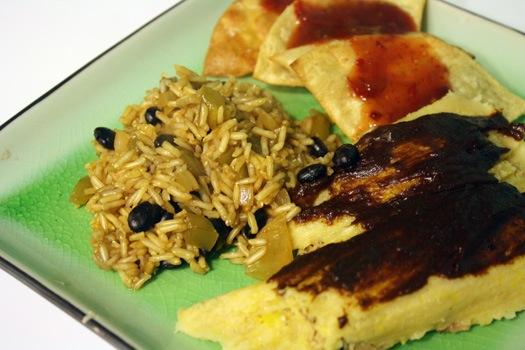 tamale plate.jpg