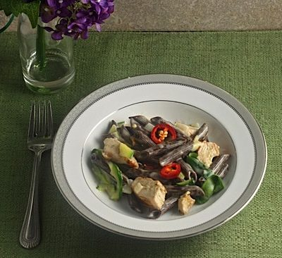 Chocolate Pasta with Light Cream Sauce and Chiles