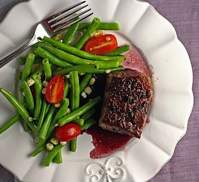 {15 Minute Dinner} Porcini Dusted Ribeye with Green Bean Salad