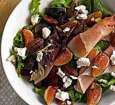 Harvest Salad with Cinnamon Pecans
