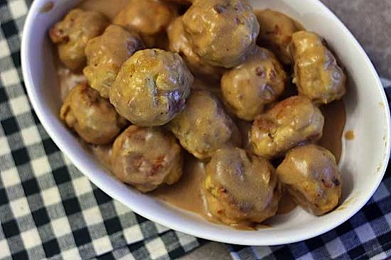 dish-of-meatballs.jpg