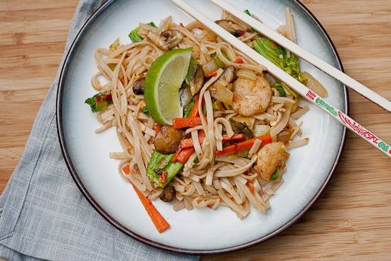 Spicy Ginger Noodles {with Shrimp} 2