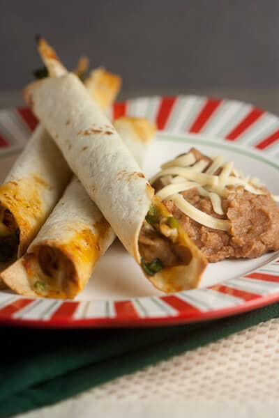 Baked Chicken and Spinach Flautas // @HealthyDelish