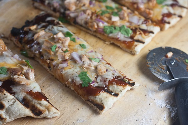 BBQ chicken pizza-3