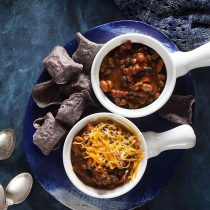 Slow Cooker Lentil and Pumpkin Chili Recipe #healthy #easy