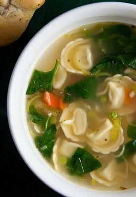 Lemon Chicken Soup | @HealthyDelish