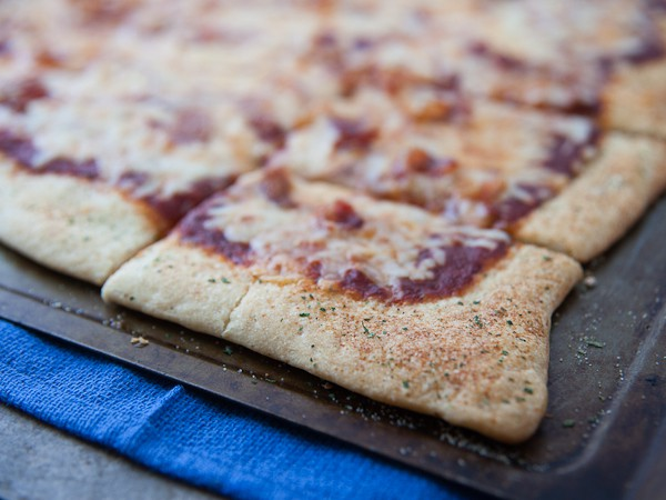 healthy-delicious_pizza on ranch crust-3