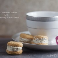 oatmeal cookies with tea and honey buttercream | Healthy. Delicious.