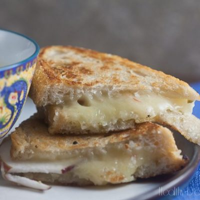 Gourmet Grilled Cheese with Jalapeno Jelly