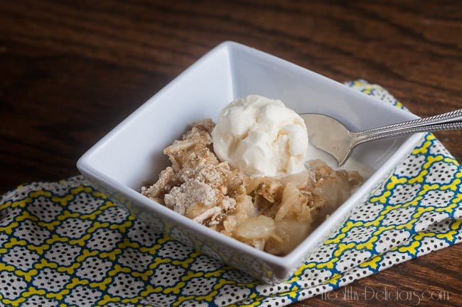 Pear and Almond Crumble   Healthy-Delicious.com