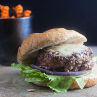 jalapeno popper stuffed burger
