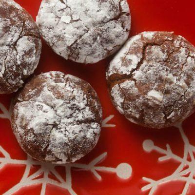 Cinnamon-Chipotle Crinkles