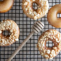 Salted Peanut and Honey Doughnuts | @HealthyDelish