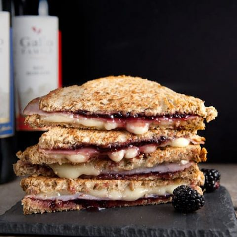 Blackberry + Brie Grilled Cheese // @HealthyDelish