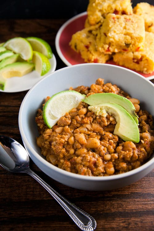 Turkey and White Bean Chili // @HealthyDelish