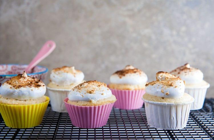 Lemon S'mores Cupcakes // @HealthyDelish