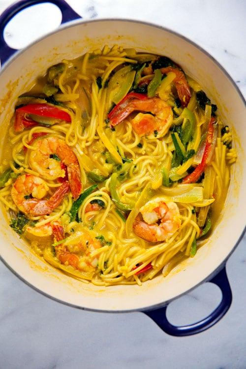 One-Pot-Noodles-Bowl-with-Shrimp