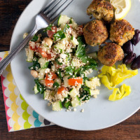 Kale and Quinoa Tabbouli // @HealthyDelish