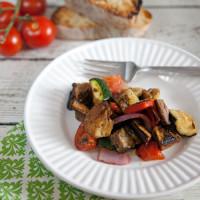Grilled Panzanella Salad // @HealthyDelish