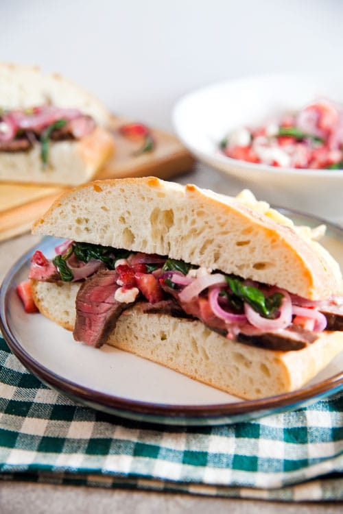 Grilled-Steak-Sandwiches-with-Spinach-Salad