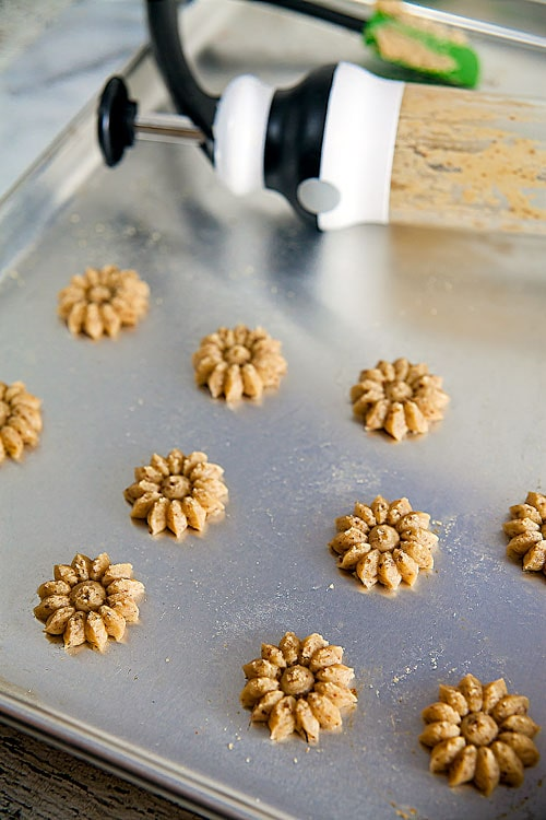 Coffee-Hazelnut Spritz Cookies | @HealthyDelish