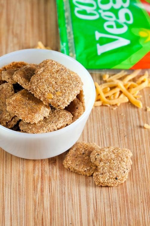Gluten Free Cheddar Walnut Crackers // @HealthyDelish