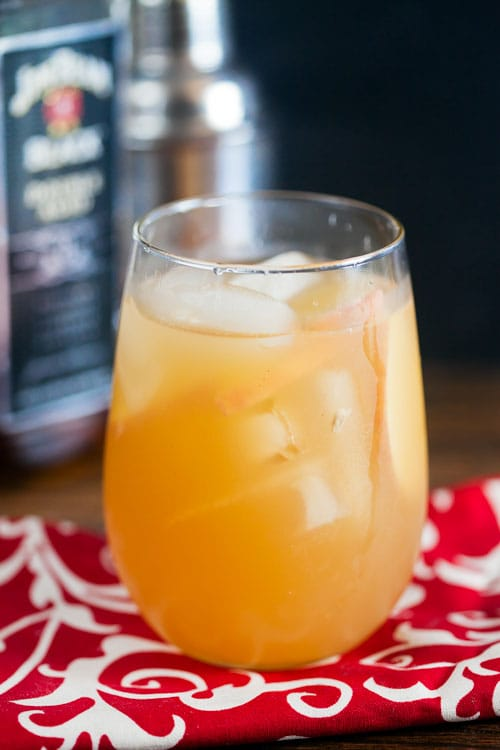 bourbon-cider-cocktail