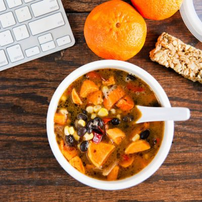7 Tips to Help Manage a Healthy Diet at Work