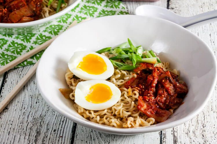 Kimchi Ramen via @HealthyDelish