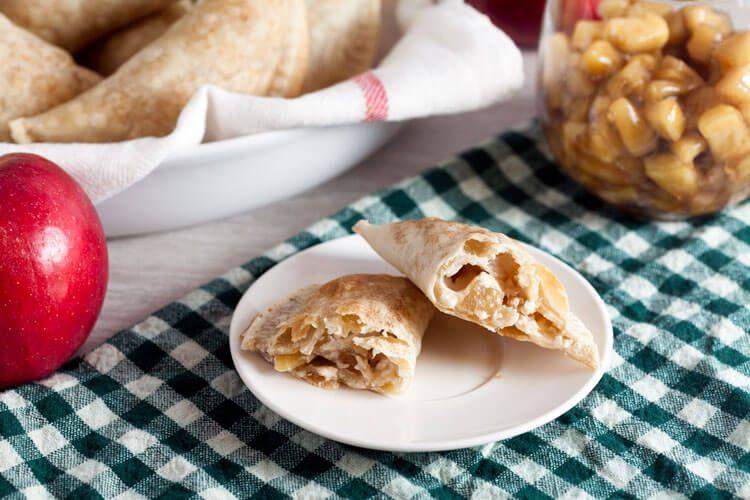 Baked Apple Cheesecake Empanadas