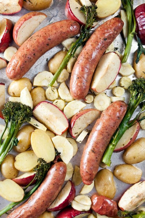 Roast chicken sausage with apples and parsnips - an easy one-pan dinner!