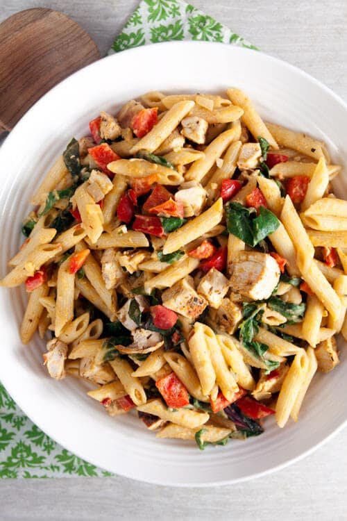 Spicy Chipotle Hummus Pasta