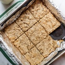 You'll never guess the secret ingredient in the healthy lemon twist blondies