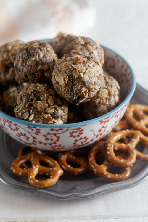 No-Bake Peanut Butter, Pretzel, and Chocolate Chip Energy Bites