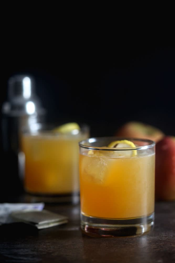 Earl Grey Apple Cider Cocktail Recipe – Perfect for Fall!