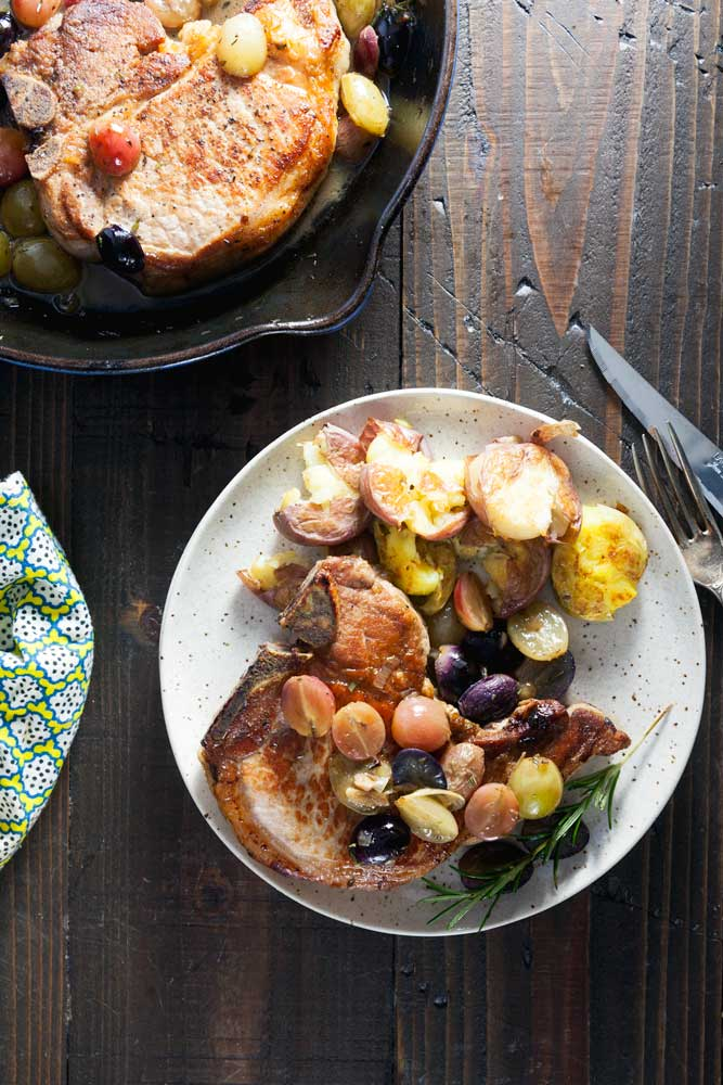 roast-pork-chops-with-grapes