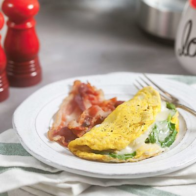 3 minute Spinach Artichoke Omelet