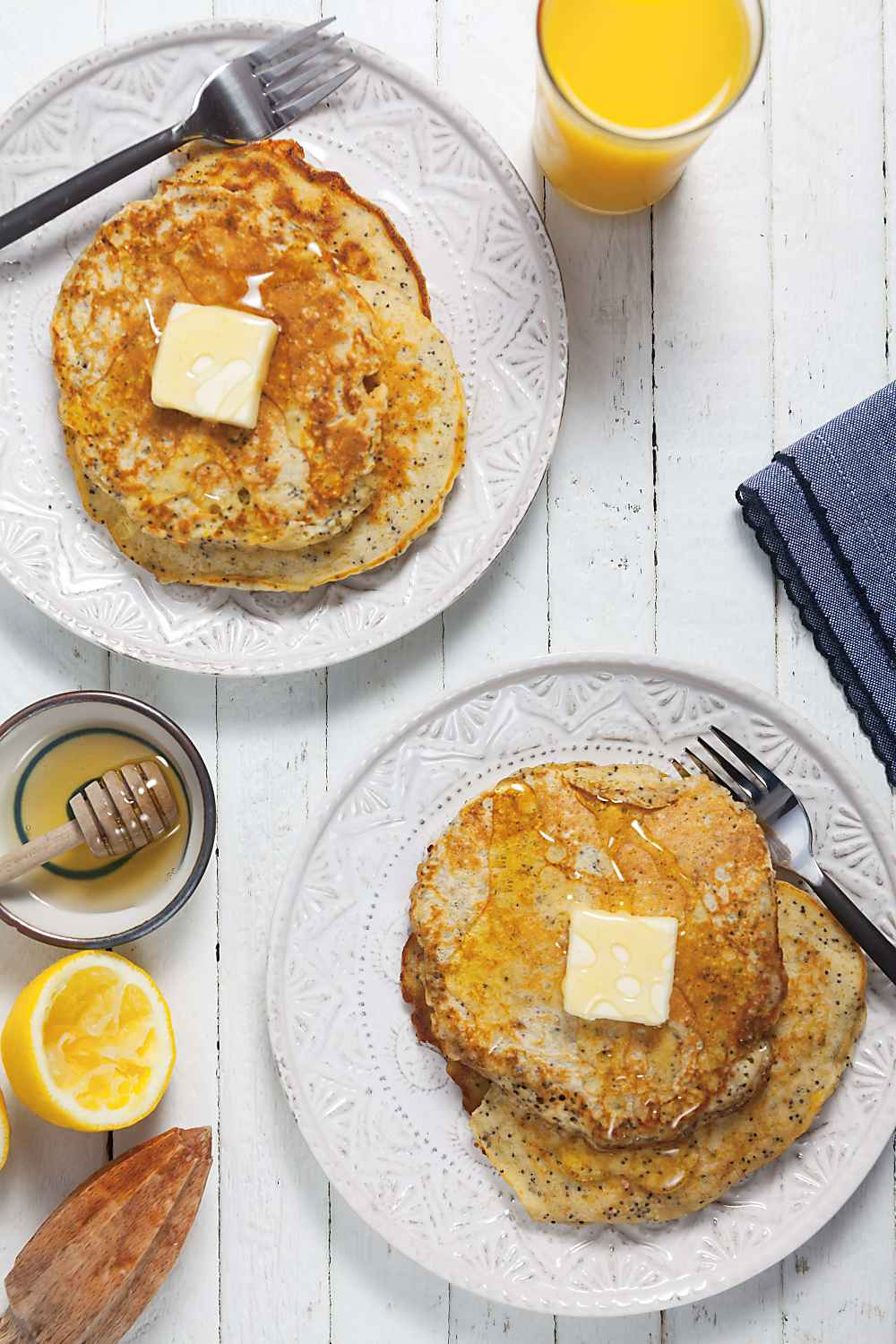 Honey Sweetened Lemon Poppyseed Oatmeal Pancakes