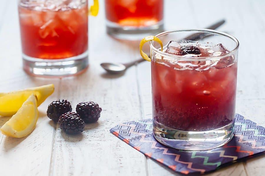 3 Ingredient Blackberry Gin Cocktails 7