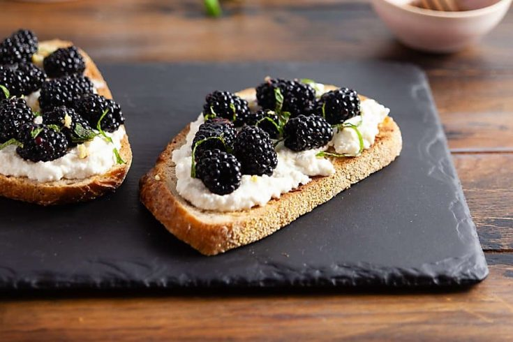Ricotta Toast with Blackberries and Mint 1