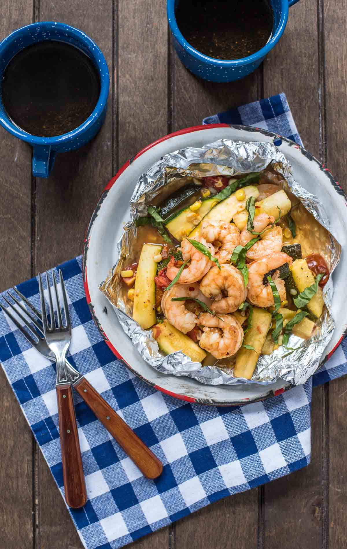 10 Healthy Foil Pack Meals For When You Don't Want To Do Dishes