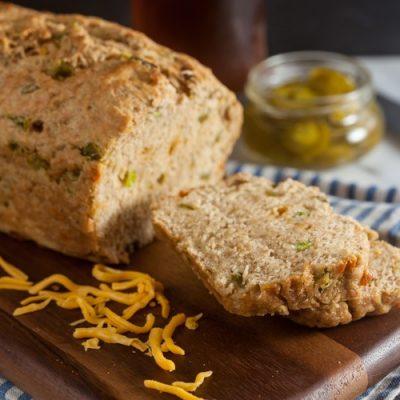 Jalapeño Cheddar Beer Bread