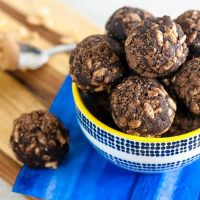 Crispy Chocolate Peanut Butter Energy Balls