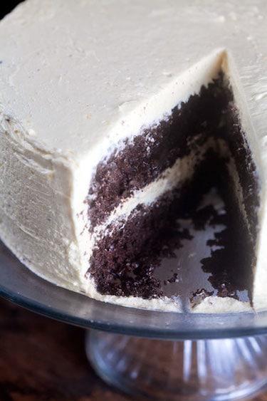Chocolatiest Chocolate Cake {w/Eggnog Icing!} 1