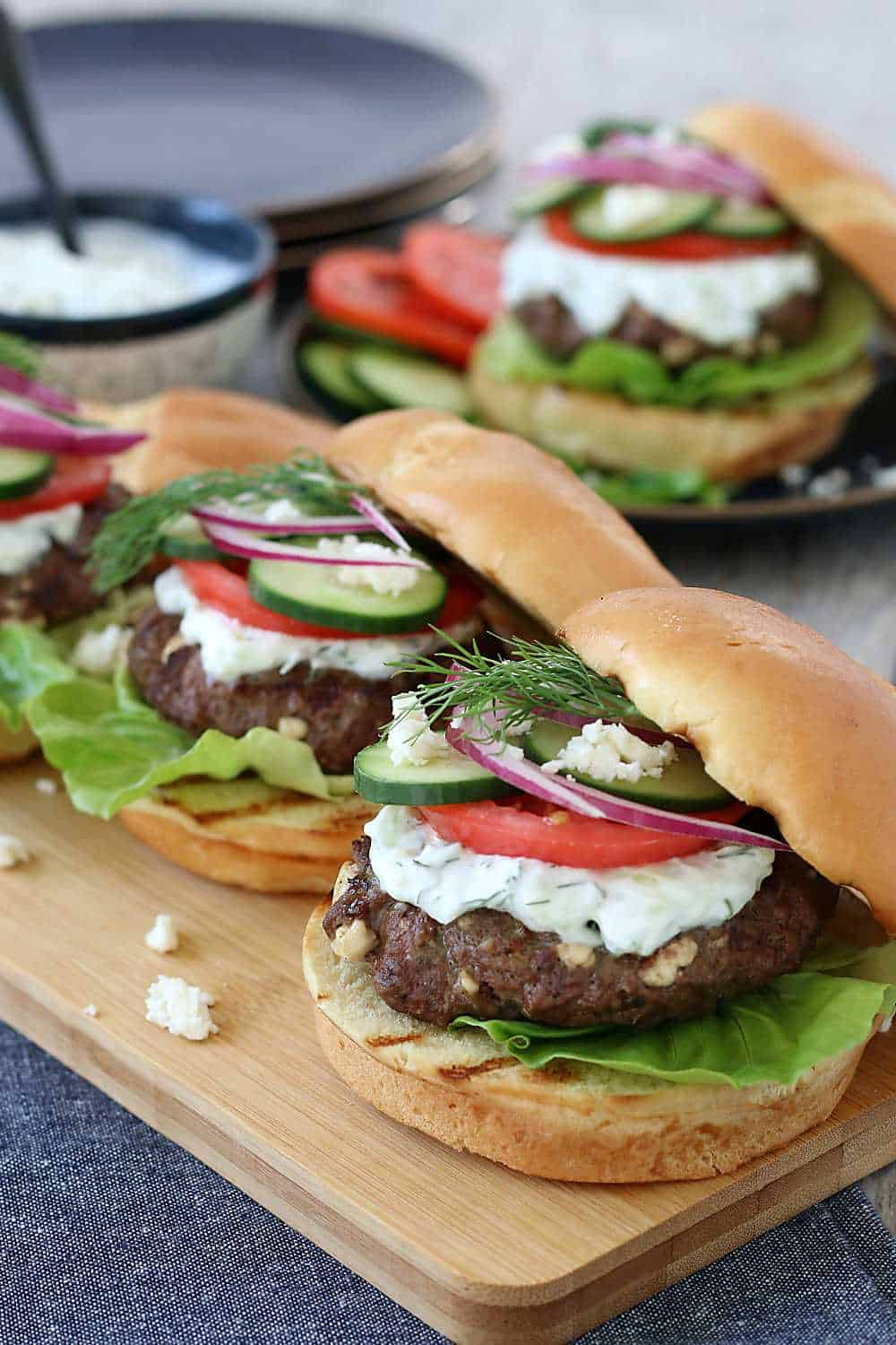 GREEK BURGER WITH FETA AND TZATZIKI HEALTHY DELICIOUS